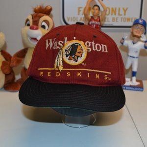 Other - ❗️Vintage 90s Washington Redskins SnapBack